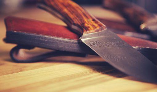 Tout savoir sur les couteaux en acier de Damas